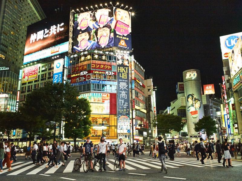 s-CARLOS-FERNANDEZ-LASER-JAPANESE-ODYSSEY-TOKYO-0124