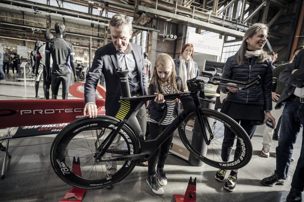 Cyclingworld_Tag1_Nils-Laengner-112